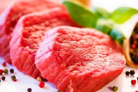 «Carne rossa cancerogena...ma a tavola ci sono anche altri nemici»»