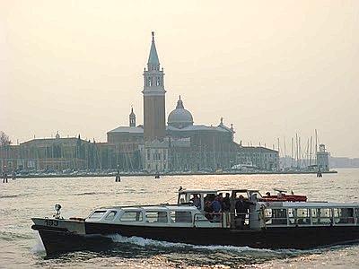 Venezia apre ai biovaporetti, uno studio sulla mobilità sostenibile in laguna