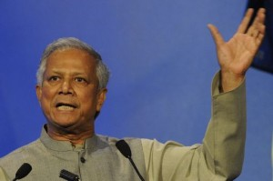 Bangladesh, Muhammad Yunus cacciato dalla Grameen Bank