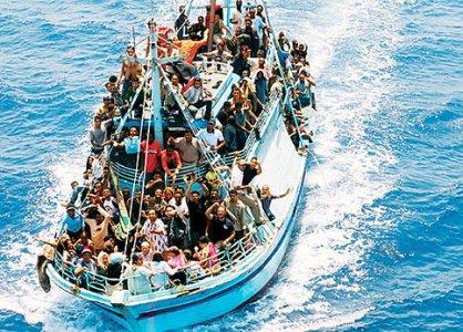 """Emergenza Lampedusa: """"L'isola non diventi un carcere a cielo aperto"""""""