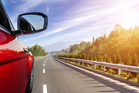 Auto: dieci consigli su come inquinare di meno