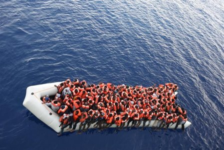 Immigrazione: i nuovi schiavi servono per la crescita