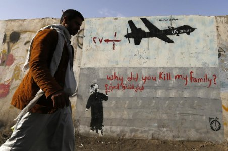 «Attacchi indiscriminati con i droni, l'Europa non stia dalla parte degli Usa»