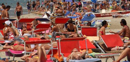 Rispettiamo le spiagge partendo da regole elementari