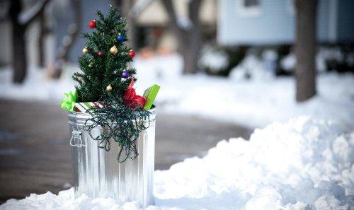 Buon Natale fra stress, rifiuti, inquinamento e spreco