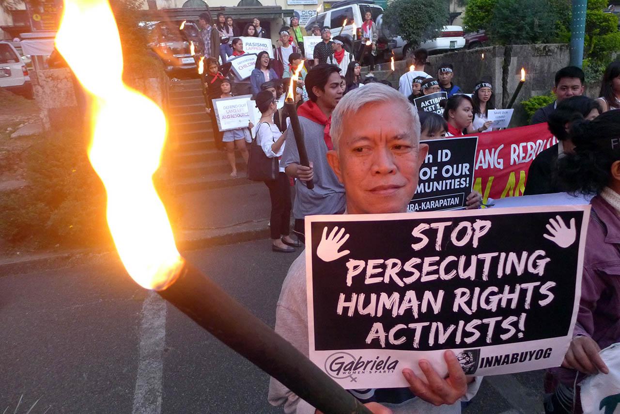 Diritti umani violati: le Filippine accusano 47 società e multinazionali