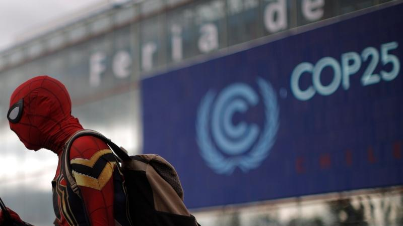 Inquinanti e inconcludenti le conferenze sul clima: è ora di fare sul serio