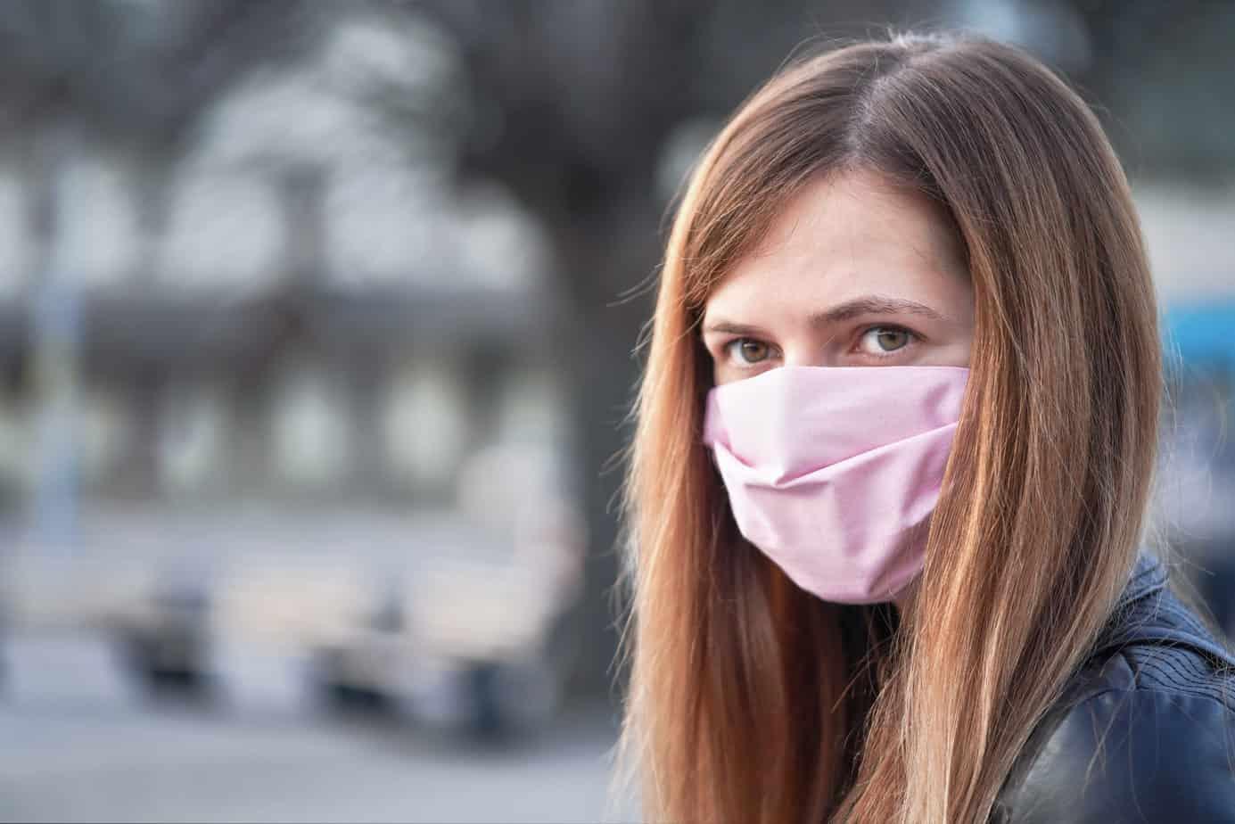 Prorogato lo stato di emergenza e obbligo mascherine all'aperto: ecco cosa dice il decreto legge