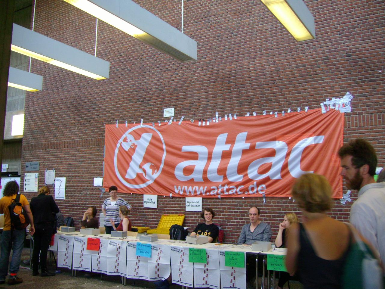 Al di là della crescita: a Berlino il primo congresso di Attac