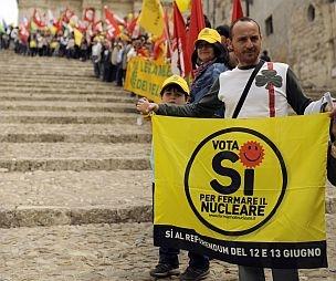 Cassazione: sì al referendum sul nucleare. Le reazioni
