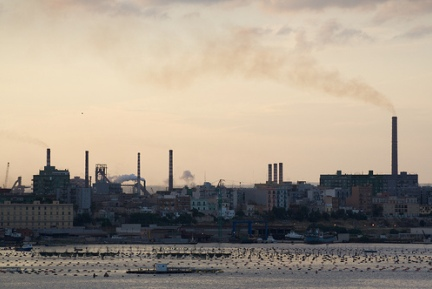 Taranto, diossina fuori controllo. L'Ilva rischia la chiusura