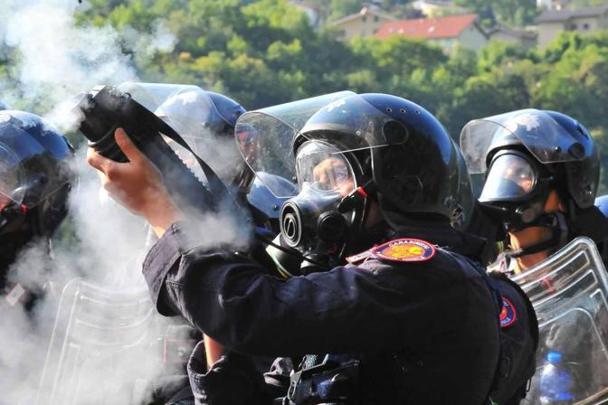 Armi chimiche: contro i No-Tav gas 'Cs' cancerogeni