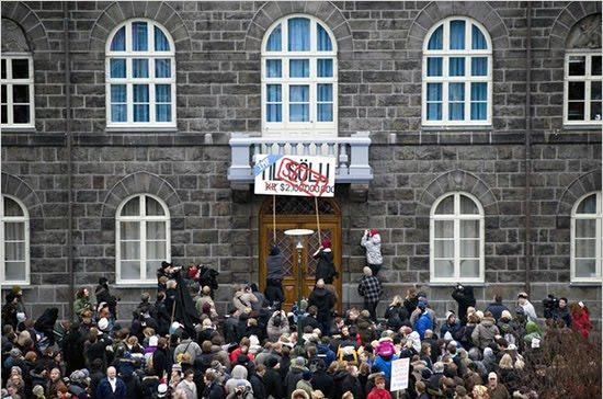 Dall'Islanda all'Italia, la strada dei diritti per uscire dalla crisi