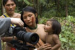 Filmare i popoli tribali, da Survival International un 'Codice etico'