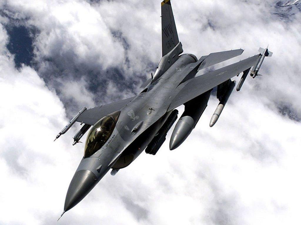 Spenderemo 14 miliardi per comperare cacciabombardieri