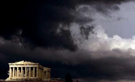 In Grecia è crisi nera, povertà e suicidi alle stelle