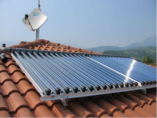 Solare termico, il governo annuncia un conto energia