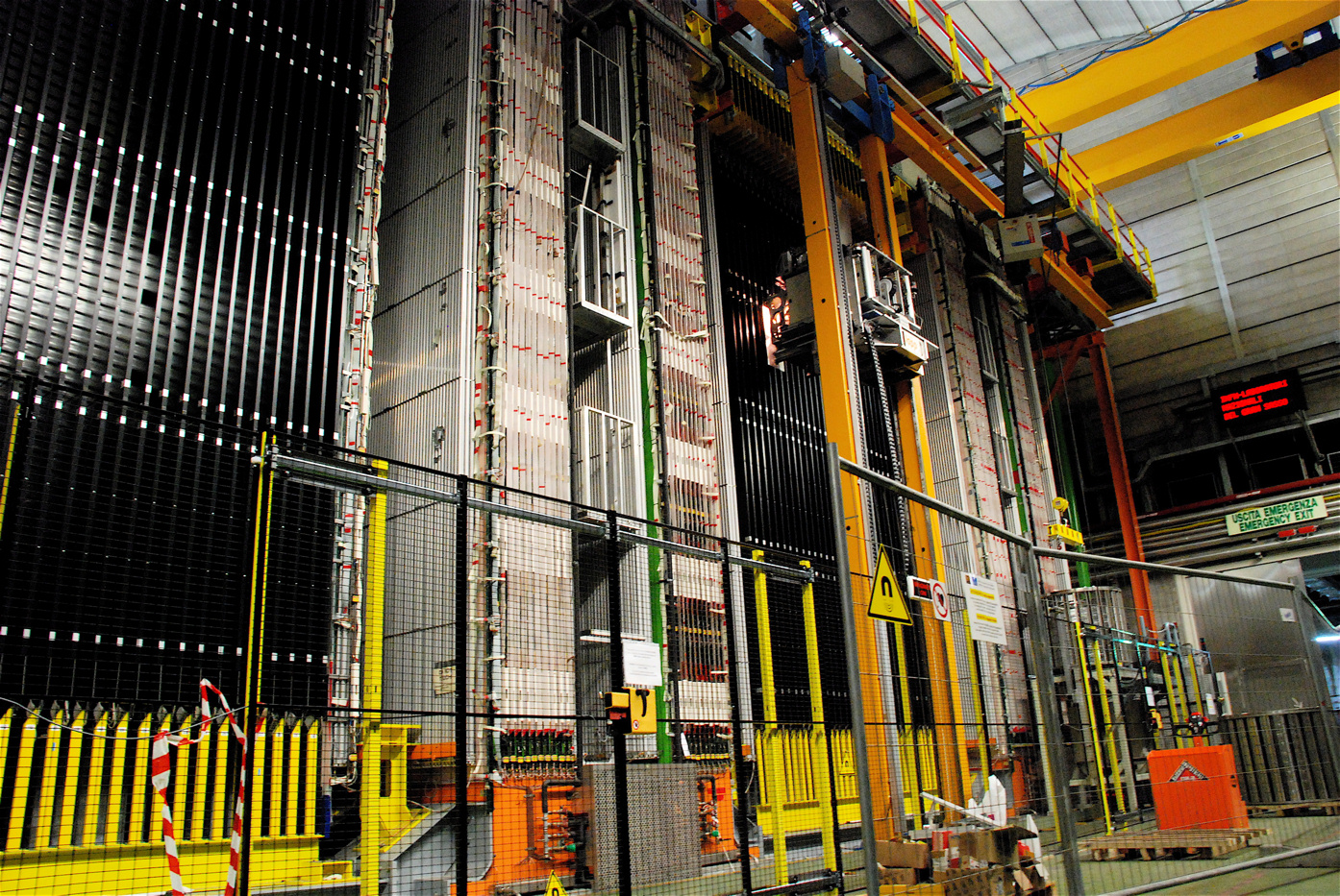 Neutrini più veloci della luce? ICARUS risponde di no