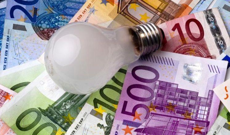 Aumenti in bolletta, colpa delle rinnovabili?