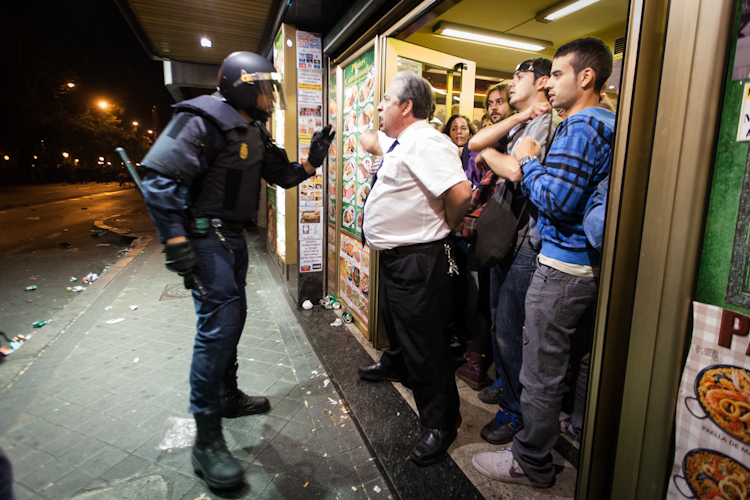Madrid, cariche della polizia sulla protesta degli indignados