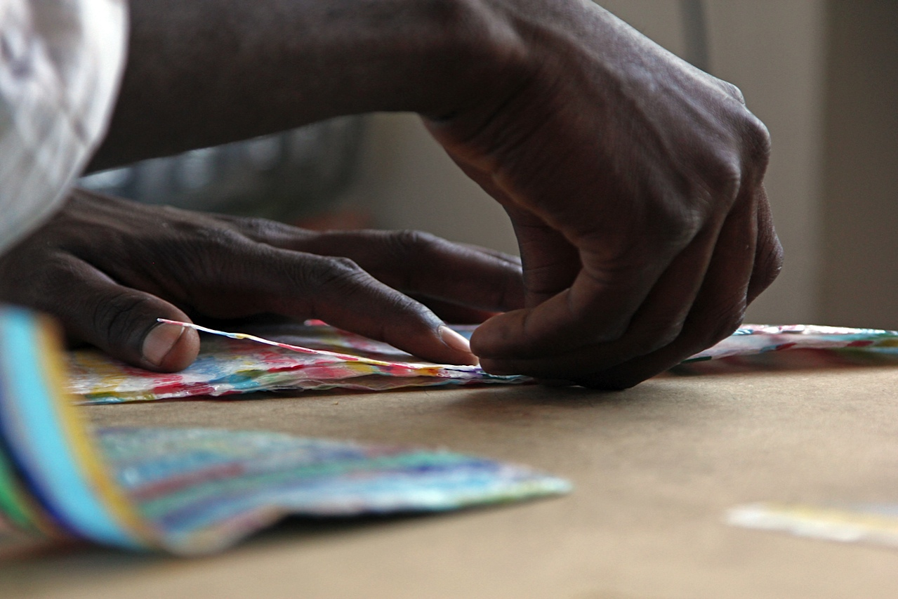 Refugee scArt, l'arte migrante che recupera i rifiuti