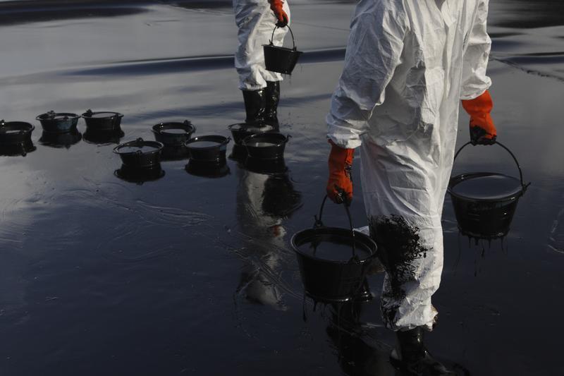 """Disastro petrolifero in Thailandia: """"il prossimo, dove sarà?"""""""