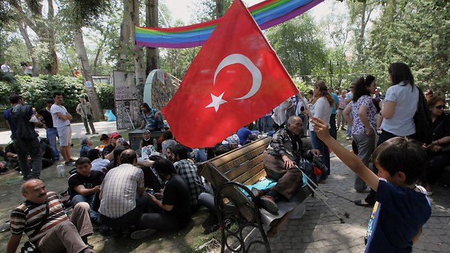 Turchia, continuano le assemblee ad Ankara