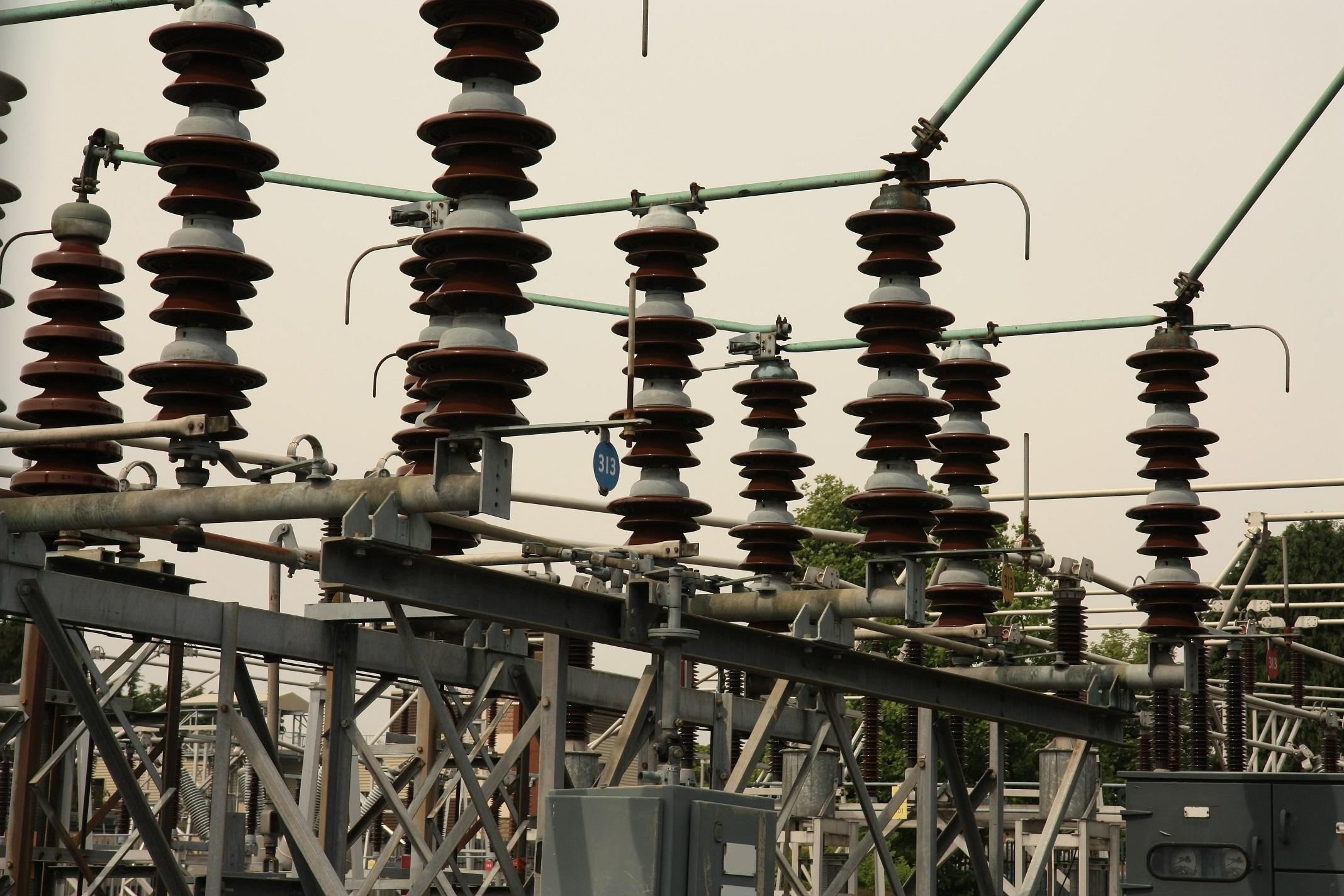Il nuovo crollo dei consumi elettrici