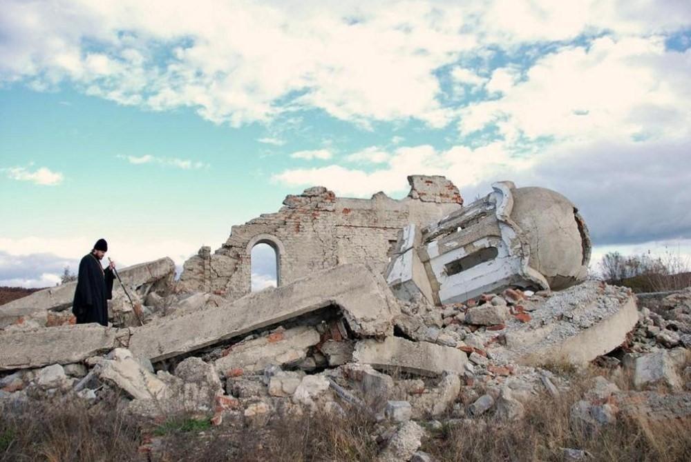 Il Kosovo martoriato e dimenticato