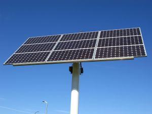 Energia solare anche di notte, lo studio di un ricercatore americano