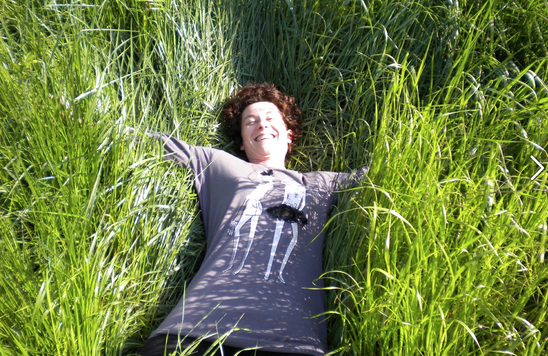 Stefania Rossini: «Autoproduzione e decrescita. Il bilancio di questi 4 anni? Ho scelto la felicità»
