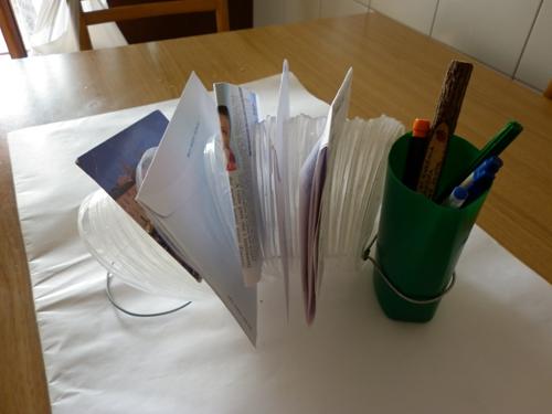 Creare un portappunti riciclando coperchi
