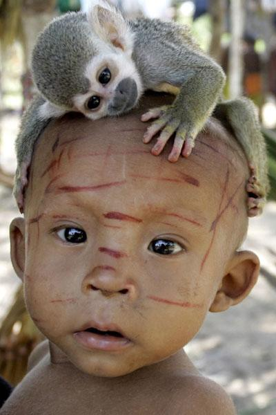 Colombia: umanità in estinzione. 34 tribù indigene rischiano di scomparire