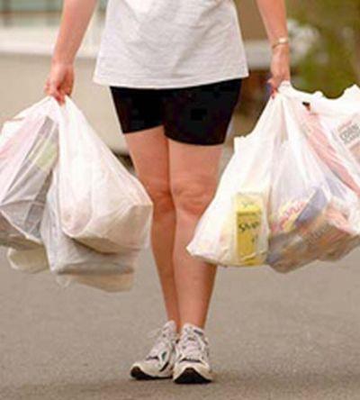 Un mondo di plastica, è ora di sostituire i sacchetti