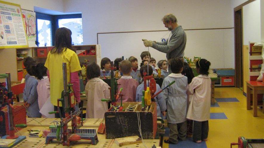 Gino, falegname dei bambini: manualità e poesia