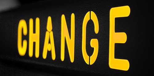 Ieri erano le energie rinnovabili, oggi a essere copiata è la parola cambiamento: ma dov'è l'etica?