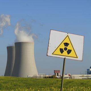 Moratoria di un anno sul nucleare. Referendum 12 e 13 giugno
