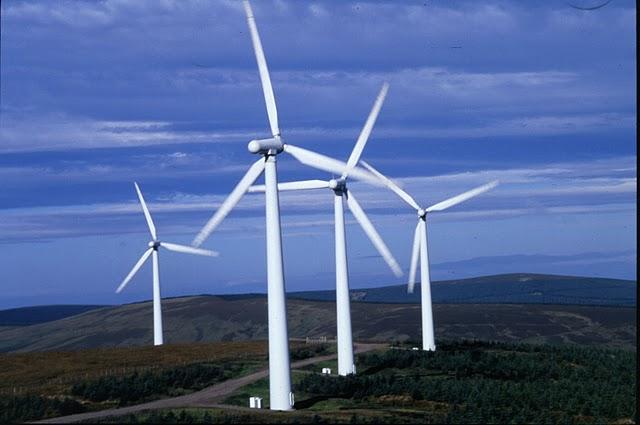 Rinnovabili: approvate sei mozioni bipartisan, ma sul nucleare non si discute