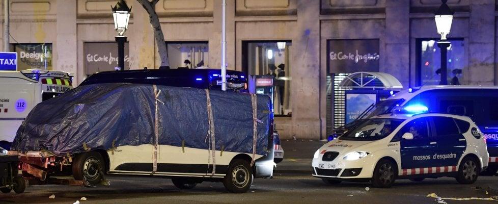 Prima Barcellona, poi Cambrils: in Spagna 14 vittime, 100 feriti, 5 attentatori uccisi