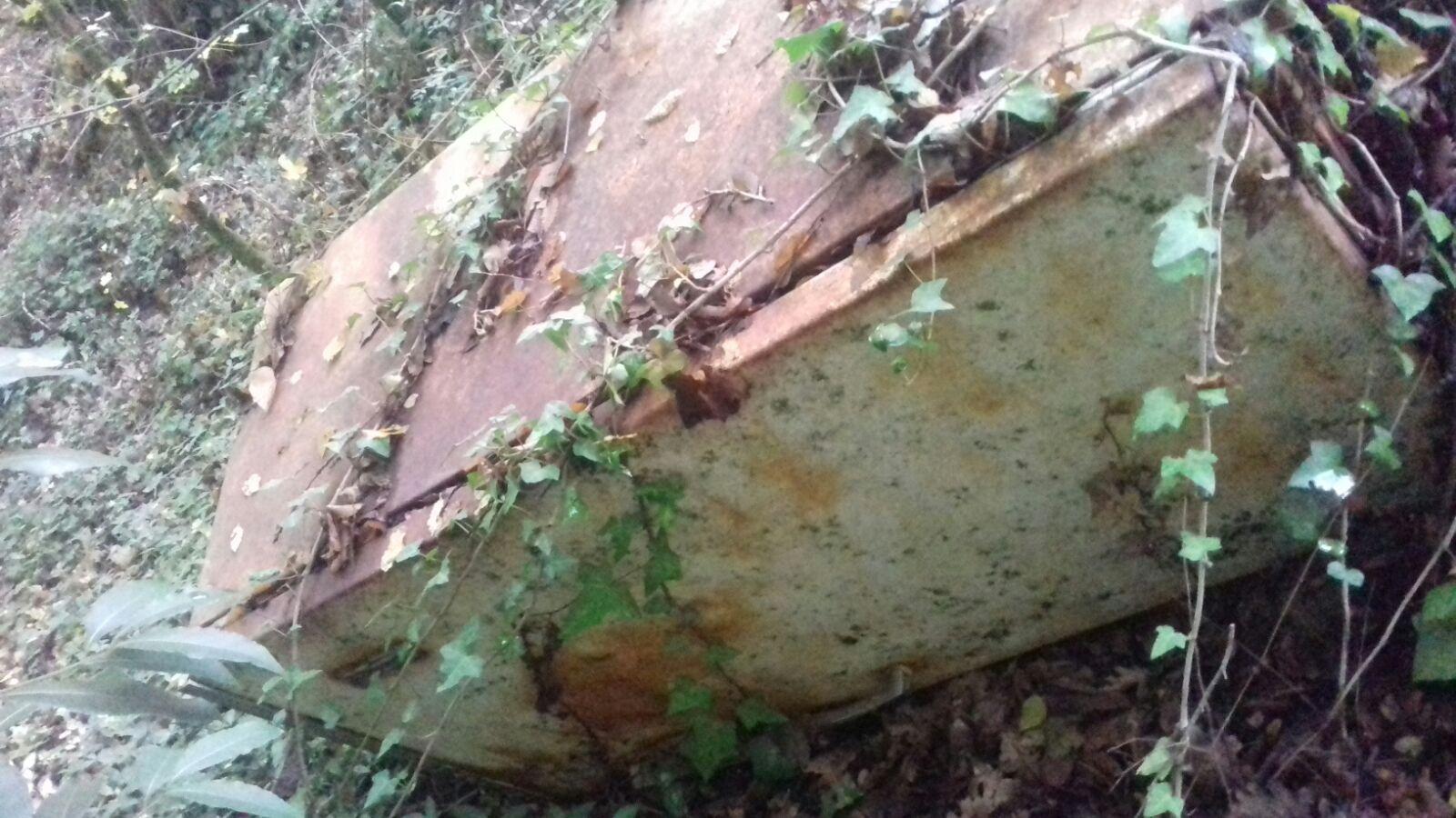 Discarica abusiva nei boschi della Sabina