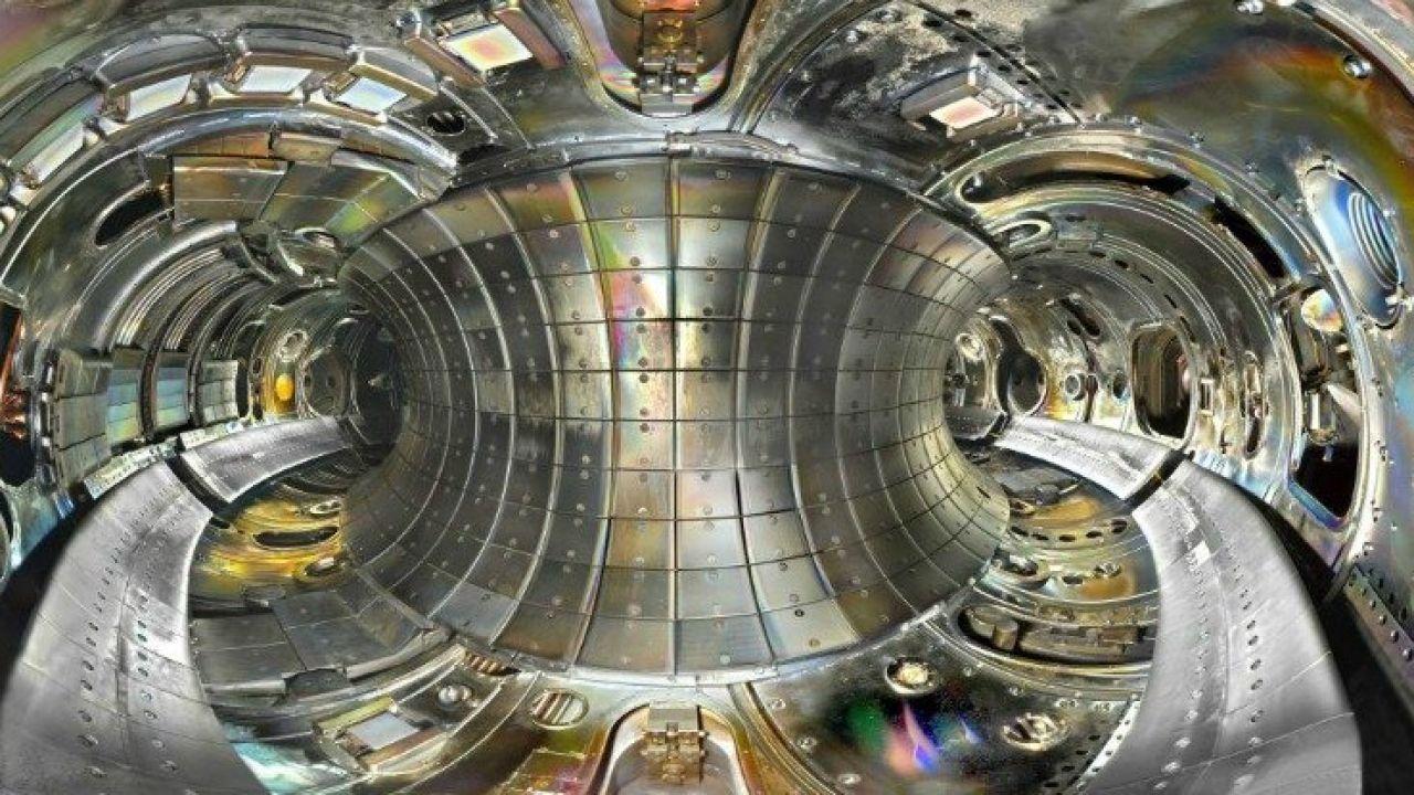 Fusione nucleare: un'altra costosissima assurdità energetica