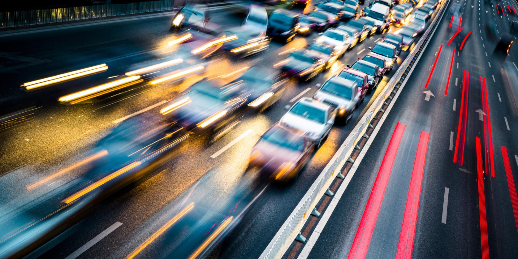 Deindustrializzare e rallentare: che sia questa la strada?