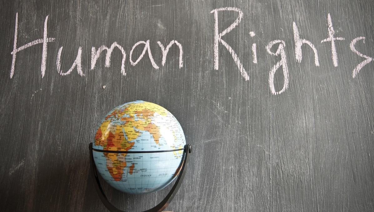 Oltre ottanta fiaccolate in tutta Italia per i diritti umani