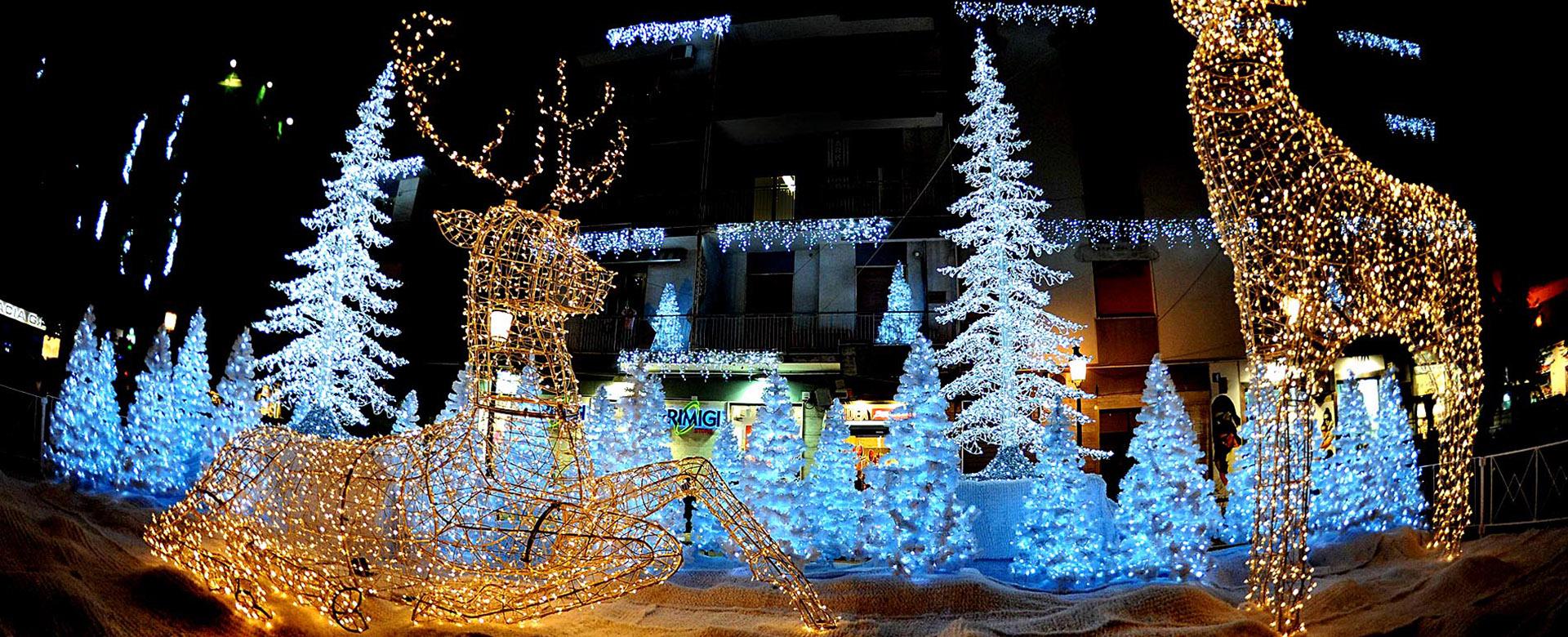 Luminarie di Natale, spreco imprescindibile per enti pubblici senza soldi