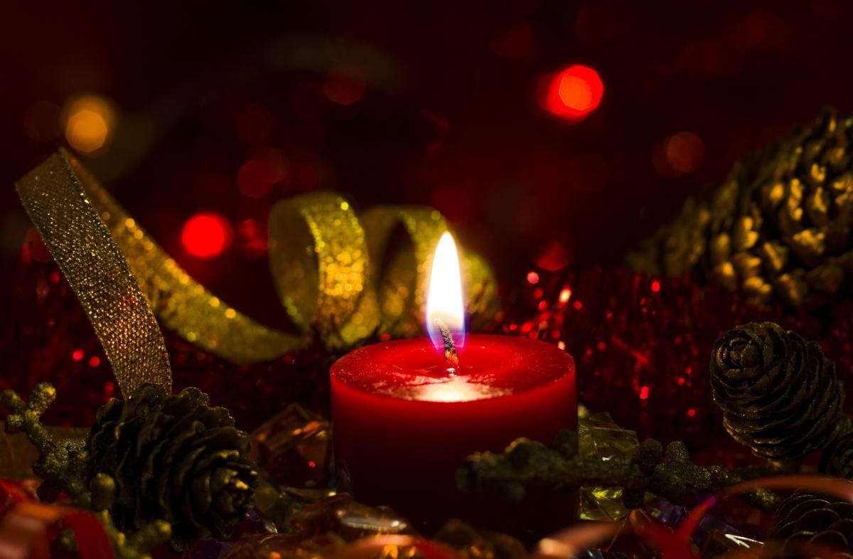 Natale: recuperiamo la magia di un tempo denso e lento